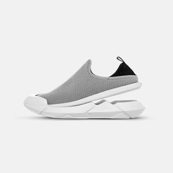 MUVEZ footwear